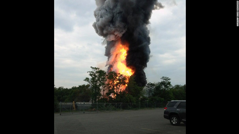 The explosion caused large plumes of smoke that could be seen from miles away.