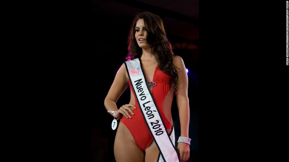"Mexican beauty queen Cynthia de la Vega <a href=""http://edition.cnn.com/2011/SHOWBIZ/celebrity.news.gossip/08/03/mexico.beauty.queen/index.html?iref=allsearch"">said officials took away her crown</a> after she gained weight, preventing her from competing in the 2011 Miss World pageant. Pageant officials refuted that, saying she lacked dedication and discipline. De la Vega had placed second in the Nuestra Belleza Mexico competition, a title that placed her on the list of contestants representing their nations in the 2011 Miss World contest."
