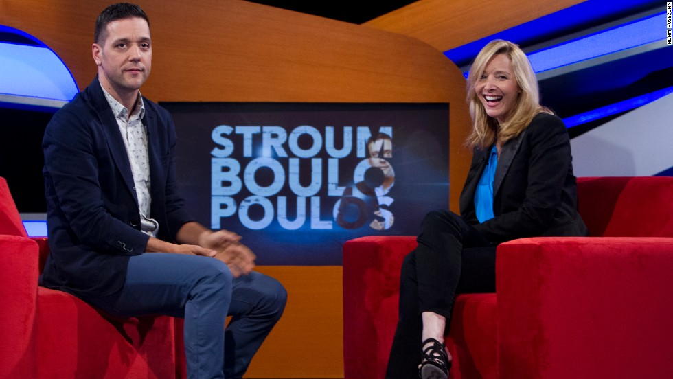 Stroumboulopoulos interviews actress Lisa Kudrow.