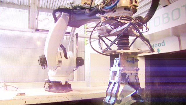 Robotics transforms waste recycling