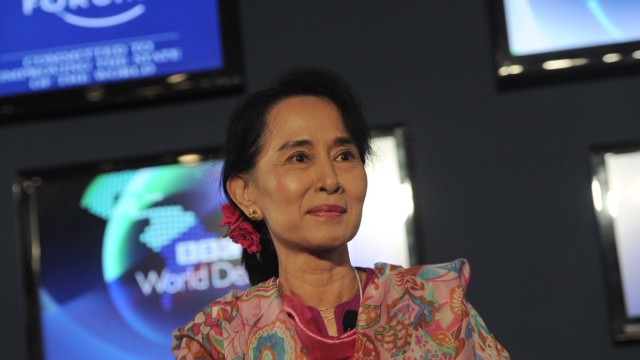 Aung San Suu Kyi wants to lead Myanmar