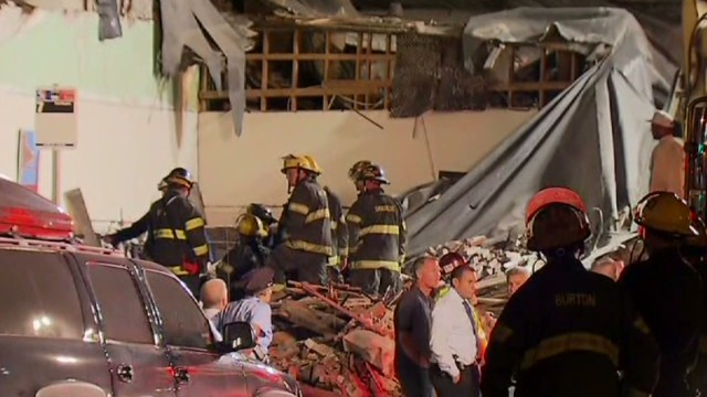 exp early welch philly building collapse_00001420.jpg