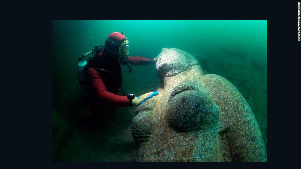 Colossus of a Ptolemaic queen made out of red granite. The whole statue measures 490 cm in height and weighs 4 tons. It was found close to the big temple of sunken Heracleion.