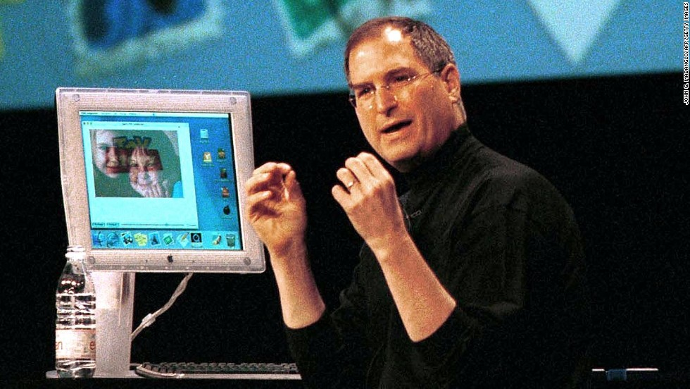 Apple CEO Steve Jobs demonstrated a preview of Apple's forthcoming Mac OS X operating system during his WWDC keynote address in May 2000.