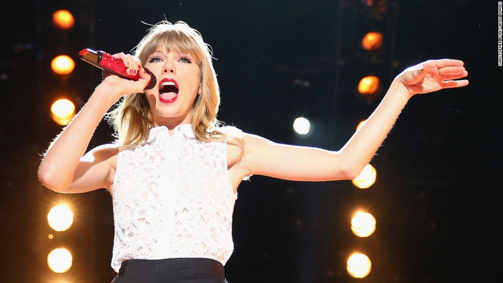 Taylor Swift performs at 2013 CMA Music Festival on June 6.