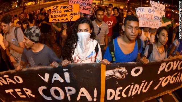 People in Brazil block the Antonio Carlos Avenue in the surroundings of the university on June 18, 2013 in Belo Horizonte, state of Minas Gerais.