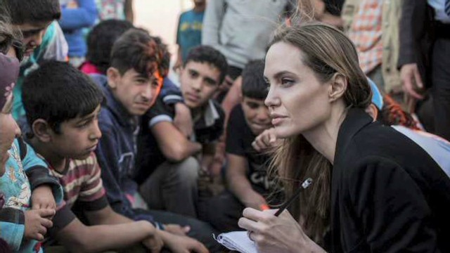 Jolie brings voice to Syrian refugees