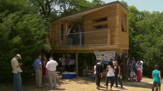 MAKE-A-WISH BUILDS DREAM TREE HOUSE FOR TEEN_00001704.jpg