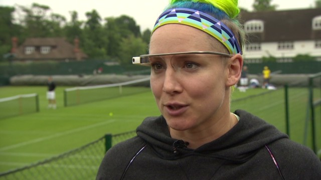 Tennis player uses Google Glass
