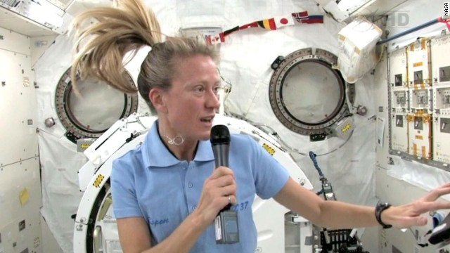 Karen Nyberg onboard the ISS during the interview with CNN.