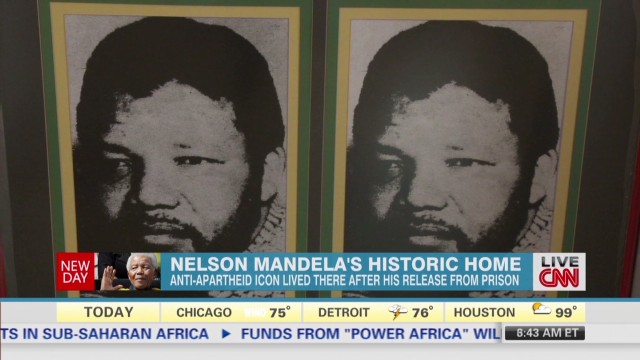 Crowds gather at Mandela's historic home