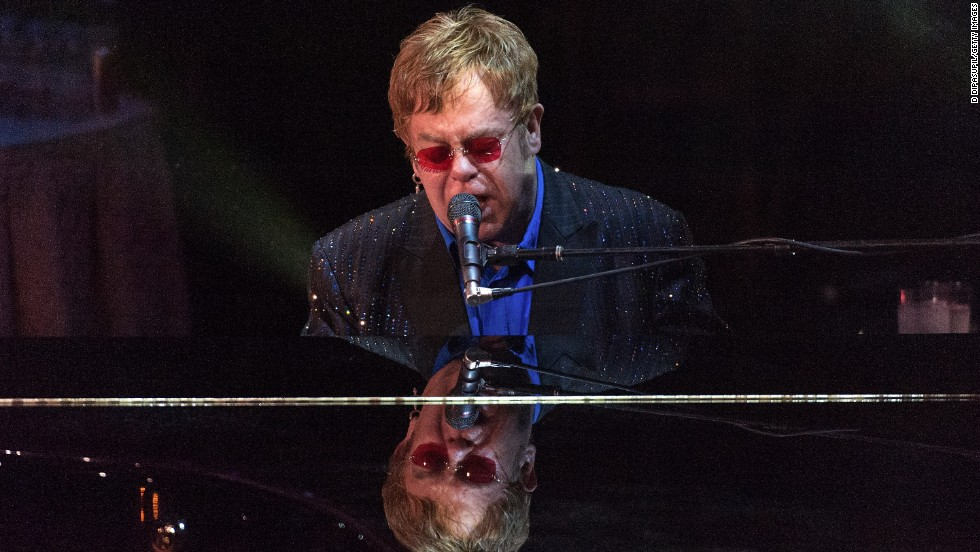"Sir Elton John <a href=""http://usatoday30.usatoday.com/life/books/news/story/2012-07-17/elton-john-love-is-the-cure-aids-book/56261968/1"" target=""_blank"">told USA Today</a> that he swore off drugs and alcohol in 1990. He said, ""If I ever find myself in a situation where there are drugs, I can smell the cocaine. I can feel it in the back of my throat, that horrible feeling of taking the first hit of cocaine. And I leave."""