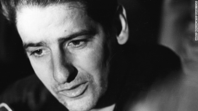 Albert Desalvo, American sex offender and self-confessed 'Boston Strangler', just after his escape from mental hospital and subsequent recapture.    (Photo by Harry Benson/Getty Images)