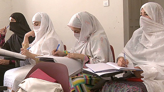 Girls defy the Taliban in Pakistan
