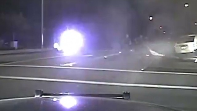 sot cops rescue man from burning car_00012617.jpg