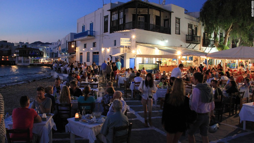 Greek islands: How to choose the right one for your holiday