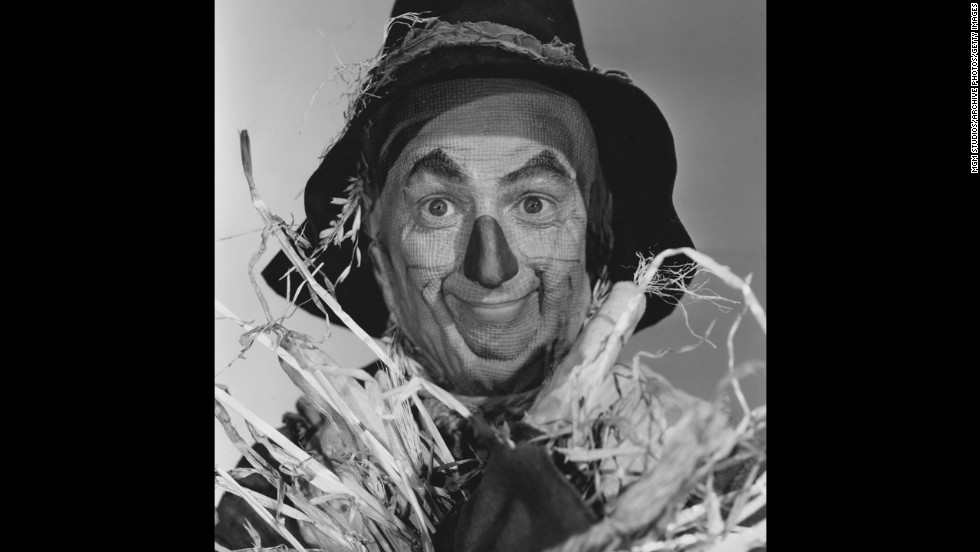 "Actor Ray Bolger, on the other hand, became best known for playing the Scarecrow in ""The Wizard of Oz."" He grew up in an Irish Catholic family in a Boston neighborhood called Dorchester and also went on to star in a number of Broadway musicals. He died in Los Angeles in 1987, five days after his 83rd birthday."