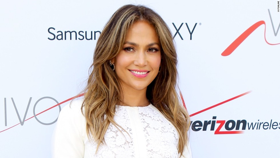 Jennifer Lopez hosts a block party for Viva Móvil in New York on July 26.