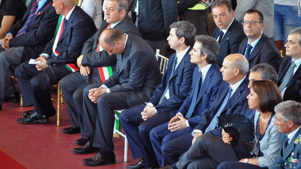 Political leaders attend the funeral in Pozzuoli on July 30.