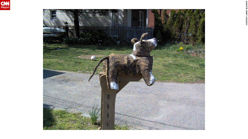 "This doggy mailbox always makes <a href=""http://ireport.cnn.com/docs/DOC-1012114"">Linda Glovach</a> smile when she passes its Glen Cove, New York, house."