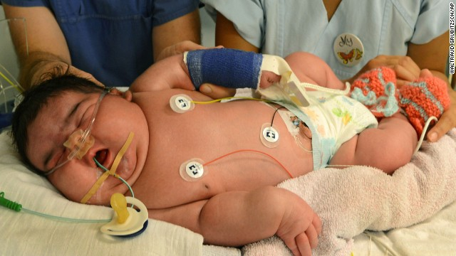 Whoa baby! Say hello to 13-pound newborn