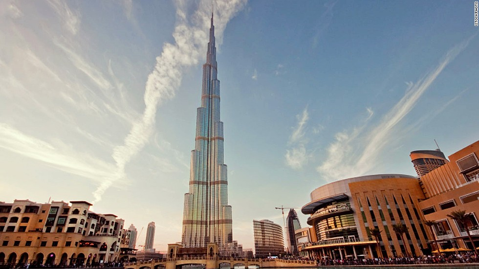 It can't be easy to fit the world's tallest building into a selfie. Nonetheless, Dubai's crown jewel has been featured in 8,860 pics.