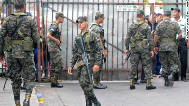The military has been ordered to take control of the Penitenciaría Nacional by the president of Honduras.