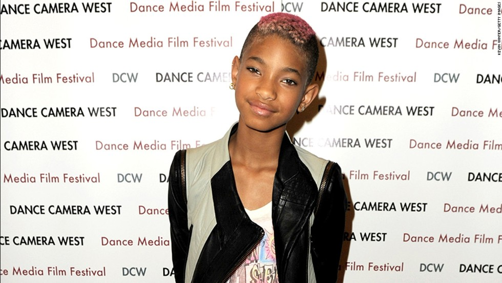 "Willow Smith became just as famous as her parents, Will and Jada Pinkett Smith, <a href=""http://marquee.blogs.cnn.com/2010/09/08/willow-smith-drops-new-single-whip-my-hair/?iref=allsearch"">with her single ""Whip My Hair.""</a> But the teen star was soon experimenting with a different -- and much shorter -- style. When she got a buzz cut in 2012, <a href=""http://www.usmagazine.com/celebrity-moms/news/jada-pinkett-smith-defends-daughter-willows-buzz-cut-its-her-decision-20122811#ixzz2bVHvbc8W"" target=""_blank"">her mom was a supporter</a>: ""Willow cut her hair because her beauty, her value, her worth is not measured by the length of her hair."""
