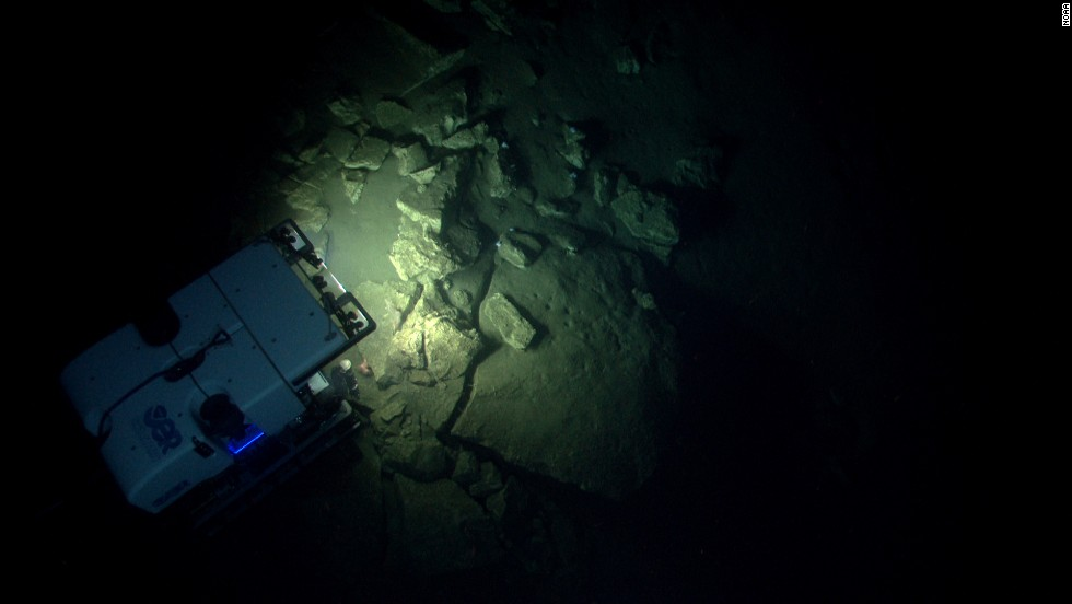 The Deep Discoverer, a remotely operated vehicle, investigates the geomorphology of Block Canyon.