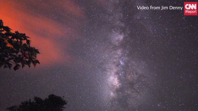 Time-lapse of the Perseid meteor shower