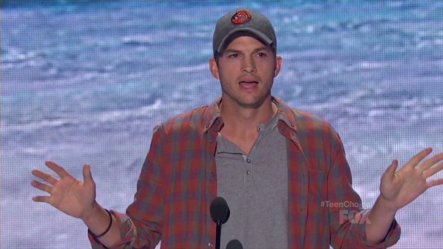 Ashton Kutcher: Being smart is 'sexy'