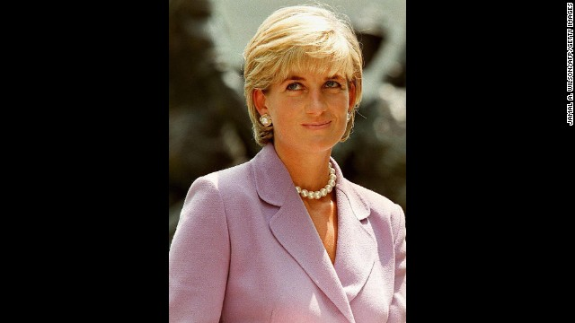 Diana is seen at the Red Cross headquarters in Washington D.C. on June 17, 1997.  Diana was a heavily involved in the British Red Cross Landmine Campaign.