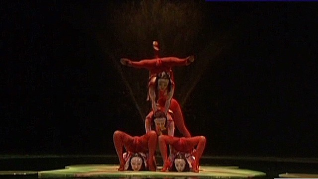 ctw.art.of.movement.contortionists_00002913.jpg