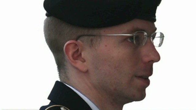 Manning attorneys seek pardon from Obama
