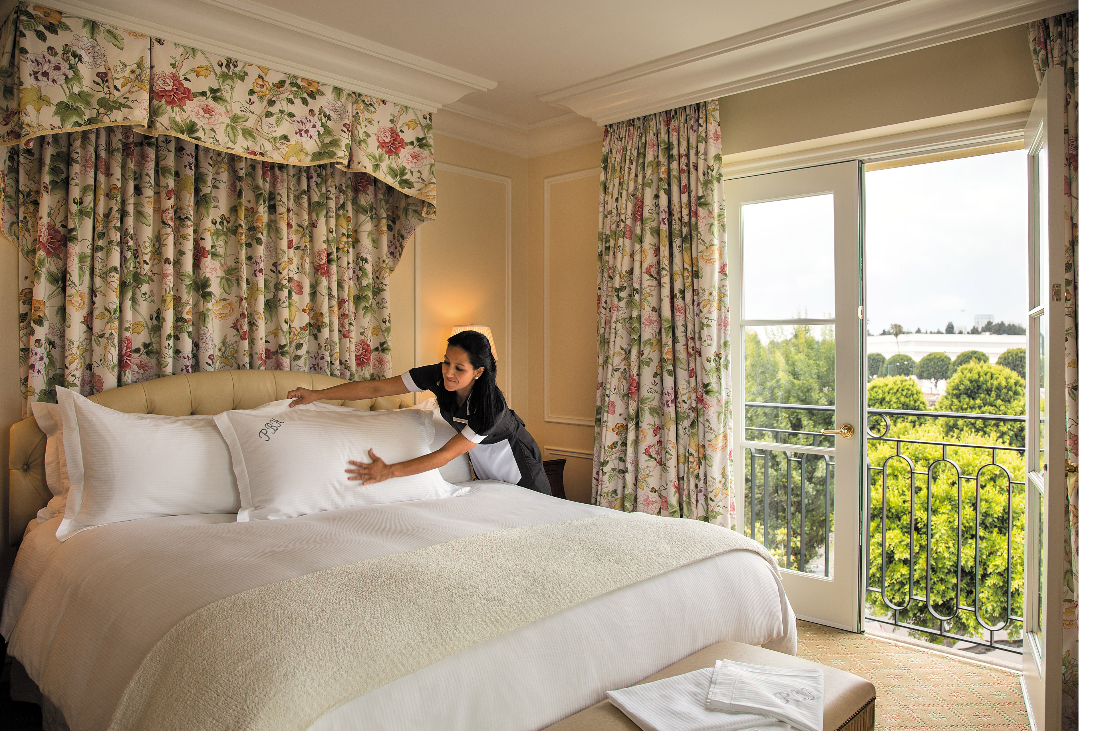 Hotel Pillows 8 Secrets About Where You Rest Your Head Cnn Travel