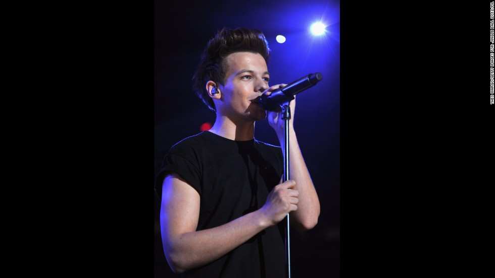 Tomlinson. Born December 24, 1991, Tomlinson is the oldest member of the group, and will be the only member to be of legal drinking age in the United States until 2014.