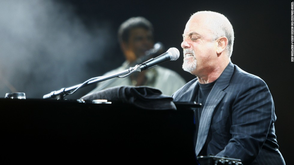 "While Billy Joel's dad was a classical pianist, it was his mom who <a href=""http://www.biography.com/people/billy-joel-9354859"" target=""_blank"">pushed him to start playing piano at the age of 4.</a>"