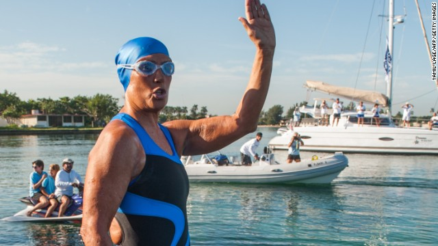 Diana Nyad begins final attempt