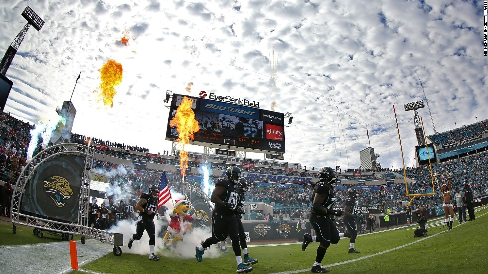 This season the Jacksonville Jaguars will unveil a fantasy football lounge at EverBank Field.The lounge will feature high-density Wi-Fi, more than 20 TV screens and Xbox gaming consoles among other amenities.