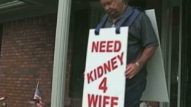 Man wears sign to find wife a kidney
