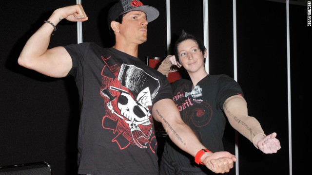 "Zak Bagans, host of Travel Channel's ""Ghost Adventures"" laughs it up with a fan at a Comic-Con convention."