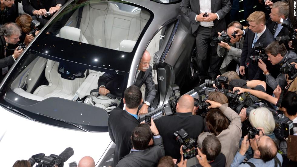 World S Biggest Car Show Begins