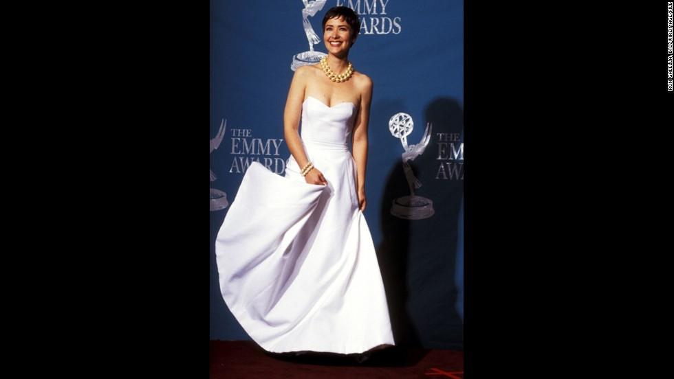 """Northern Exposure"" actress Janine Turner had impeccable style at the 1992 Emmys."