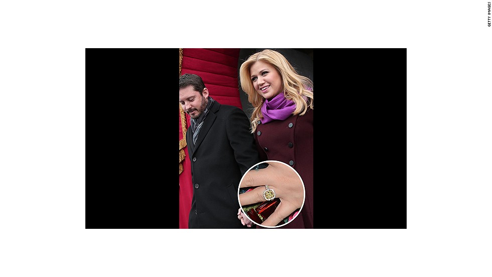 "The recently engaged Kelly Clarkson said ""yes"" after she was presented with this huge yellow diamond ring.<br />"