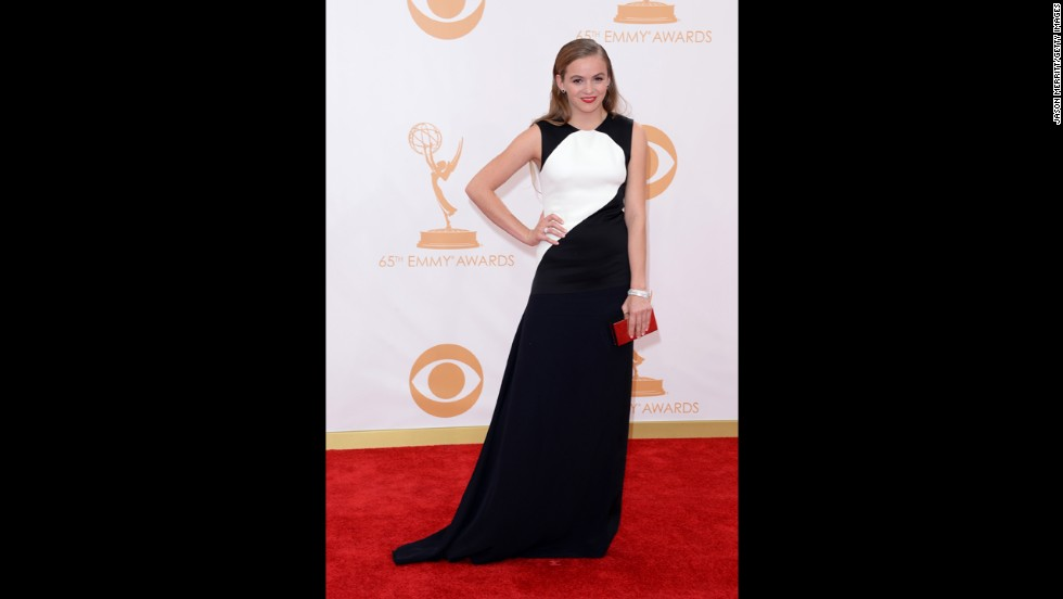 """Homeland"" actress Morgan Saylor wears a striking black-and-white gown."