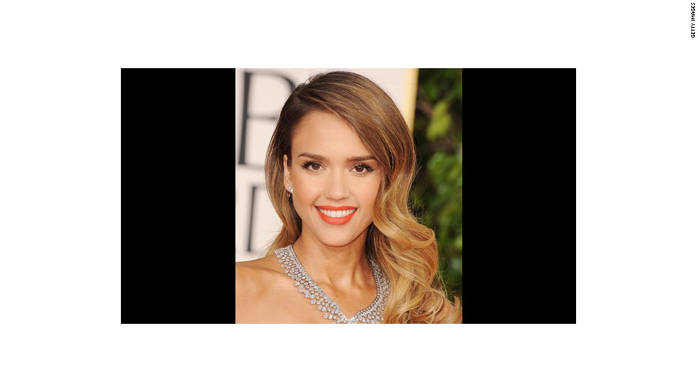 Jessica Alba's look got 'an almost tropical pop of color' from makeup artist Lauren Andersen.