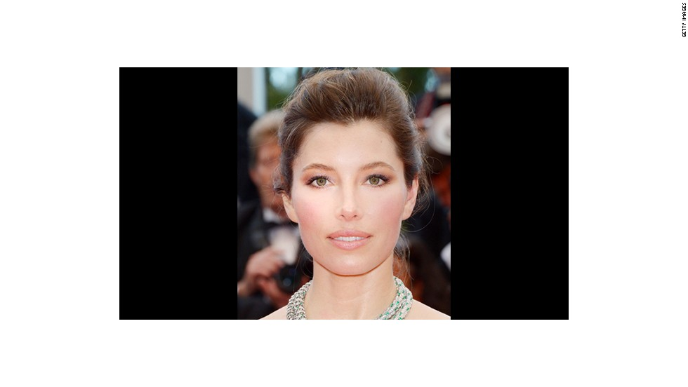 Jessica Biel's makeup artist Lisa Eldridge went with a ballerina-inspired palette.