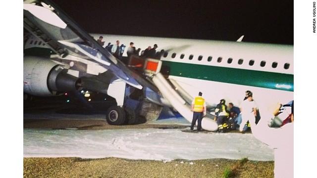 Alitalia aircraft makes emergency landing in Rome - CNN