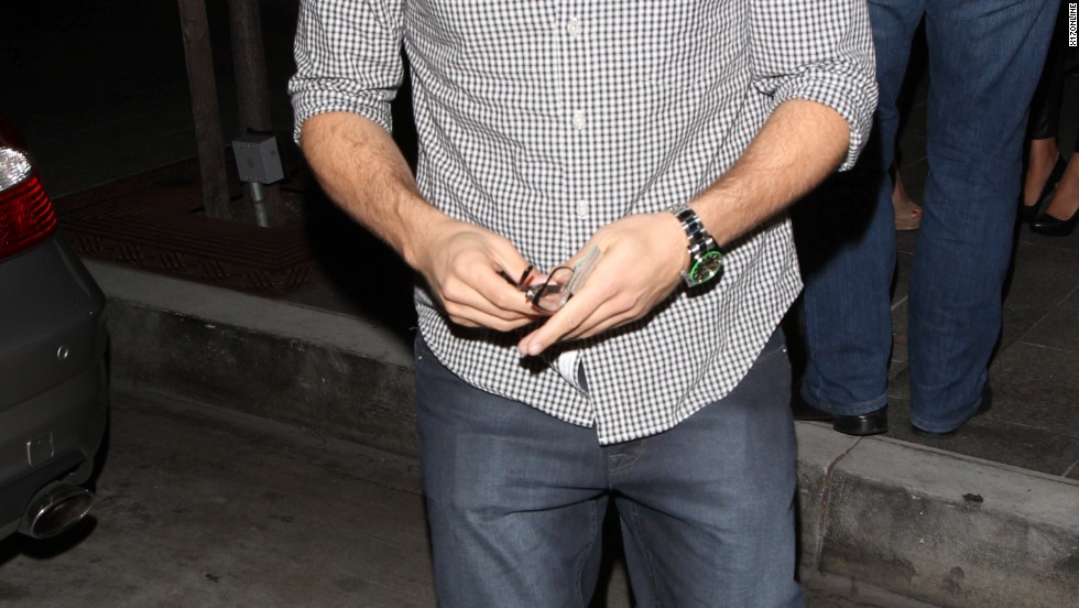 "Former ""Entourage"" star Jerry Ferrara enjoys a night out in Los Angeles on October 1."