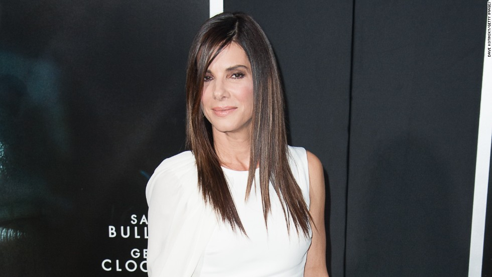 "Sandra Bullock wears all-white at the ""Gravity"" movie premiere on October 1."
